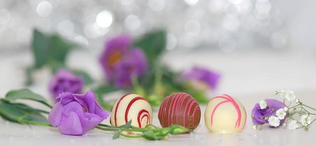 chocolates-563382_640