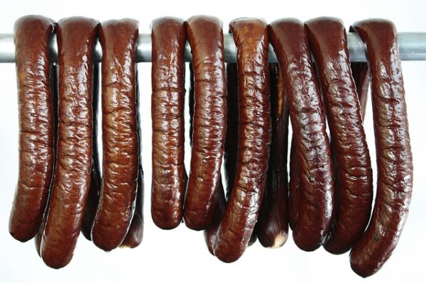 sausage-2473926_640